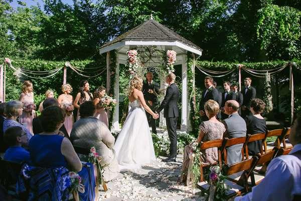 Enchanted Florist, Nashville Garden Wedding Flowers, Jenna Henderson Photo (3)