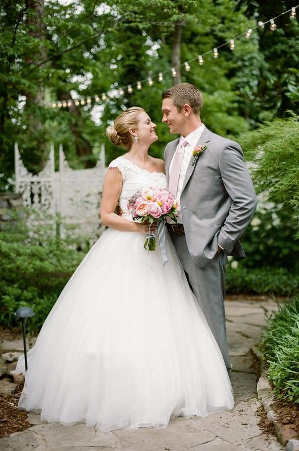 Enchanted Florist, Preppy Garden Wedding, Jenna Henderson  (1)