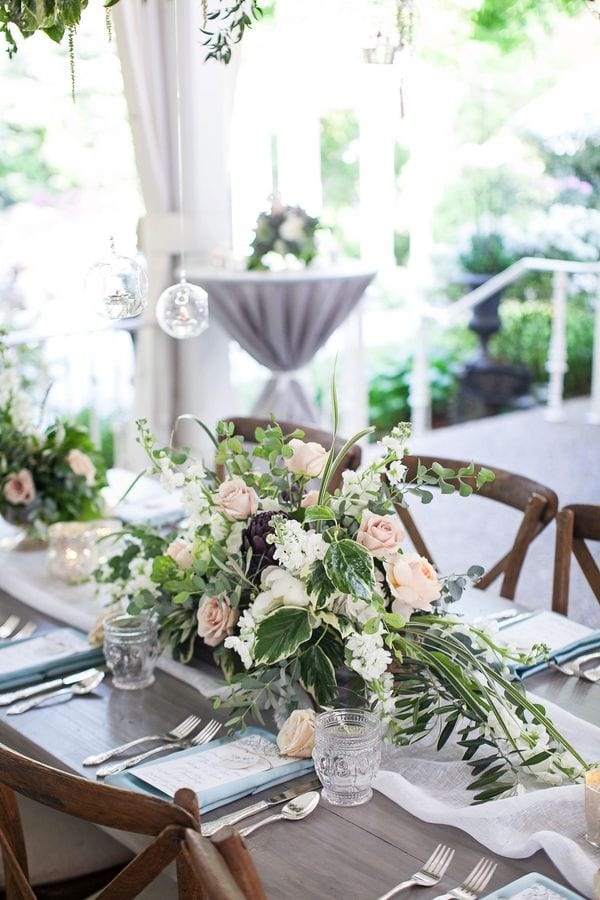 enchanted-florist-organic-luxe-phindy-studios-10_600_900