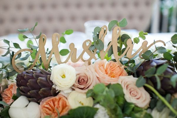 enchanted-florist-organic-luxe-phindy-studios-15_600_400