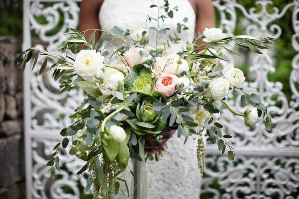 enchanted-florist-organic-luxe-phindy-studios-22_600_400