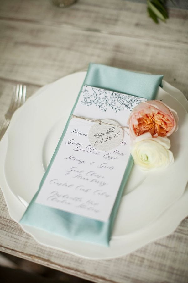 enchanted-florist-organic-luxe-phindy-studios-23_600_900