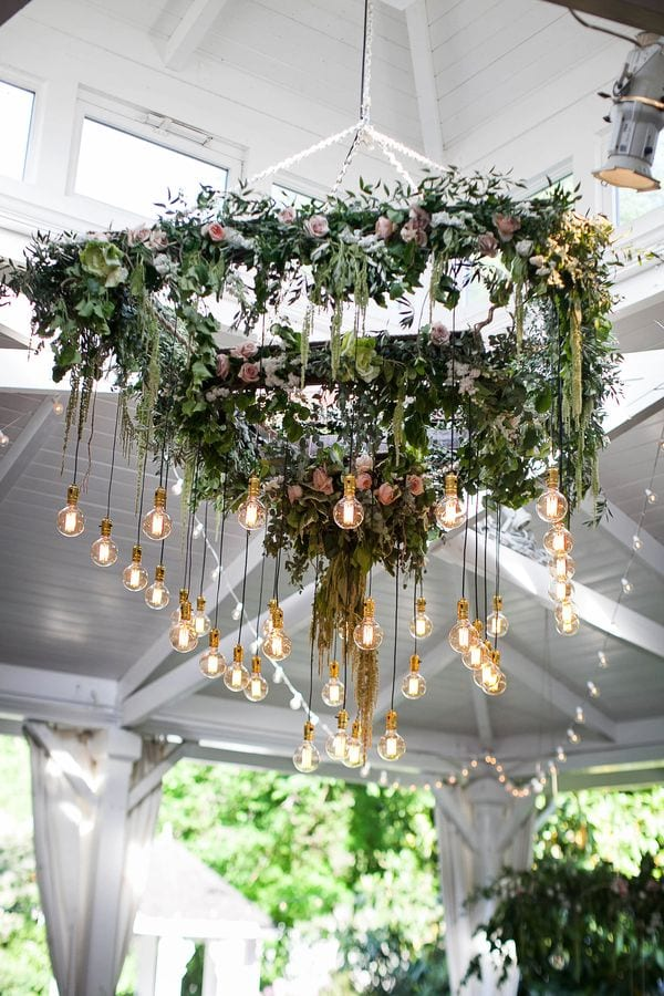 enchanted-florist-organic-luxe-phindy-studios-5_600_900