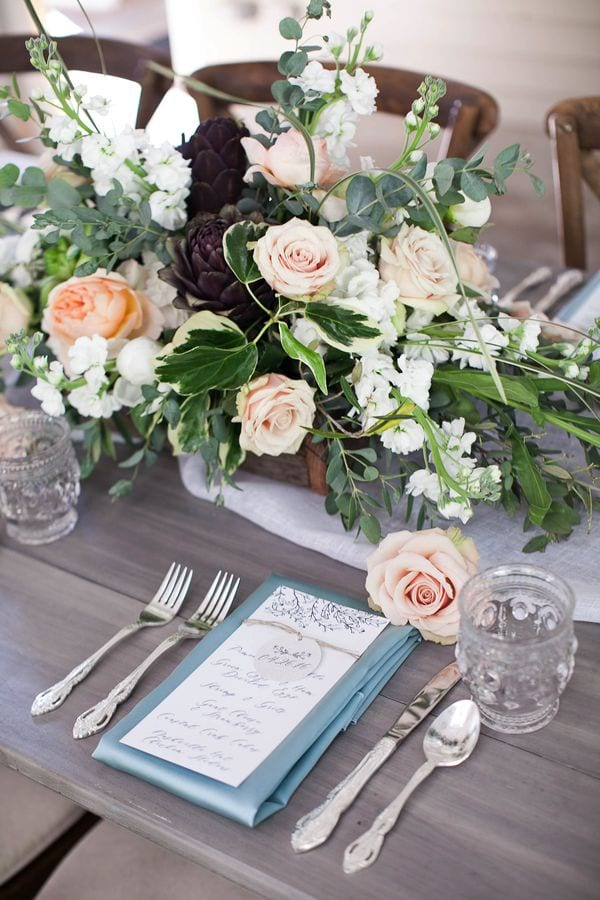 enchanted-florist-organic-luxe-phindy-studios-9_600_900