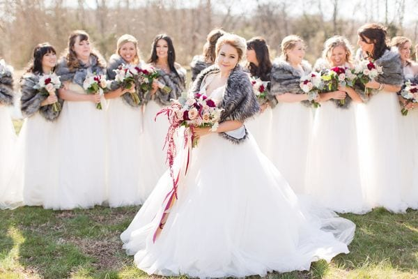 enchanted-florist-raelynn-josh-wedding-at-private-tennessee-home-lyndsey-paige-photography-11