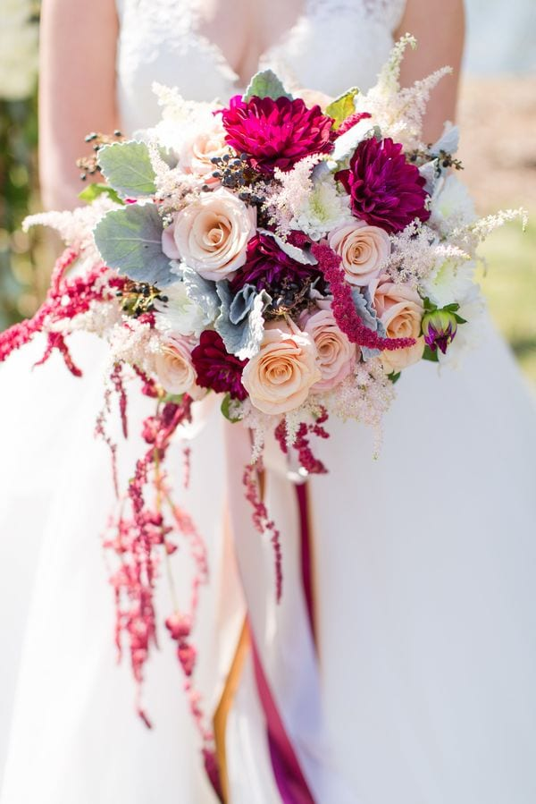 enchanted-florist-raelynn-josh-wedding-at-private-tennessee-home-lyndsey-paige-photography-21
