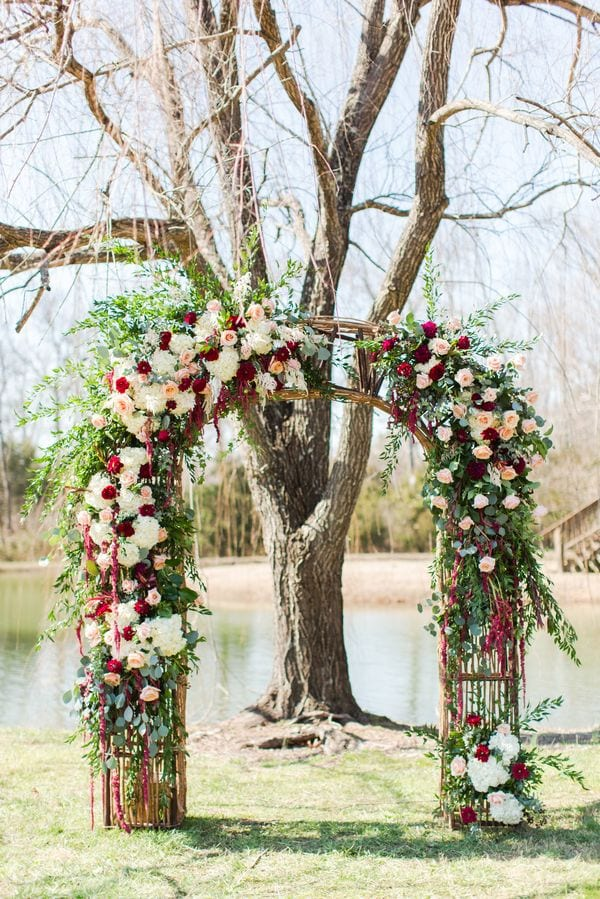 enchanted-florist-raelynn-josh-wedding-at-private-tennessee-home-lyndsey-paige-photography-25