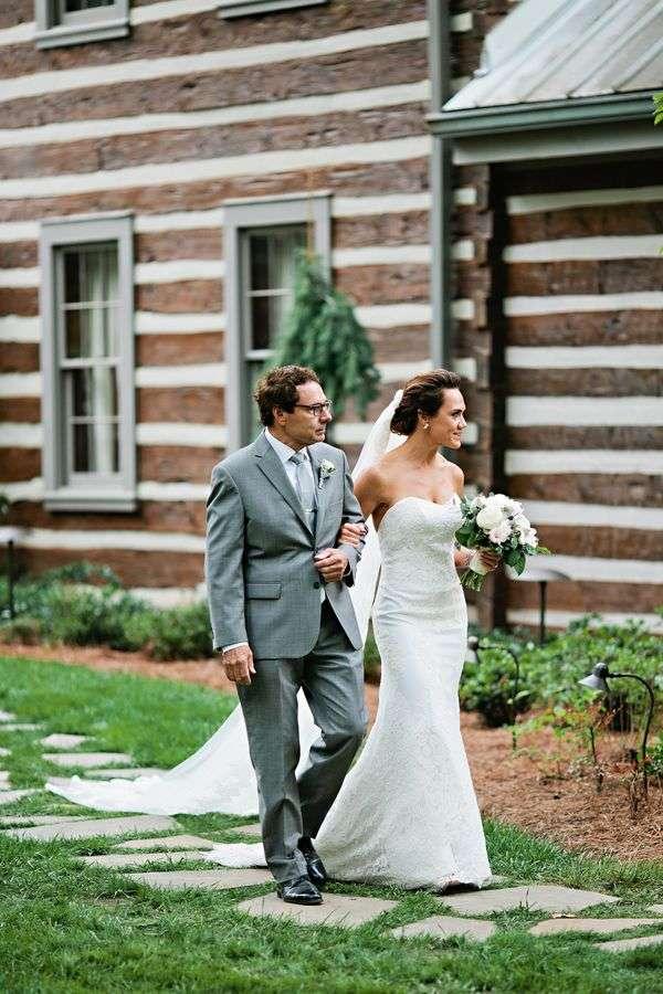 enchanted-florist-rustic-outdoor-wedding-fete-nashville-kristyn-hogan-1
