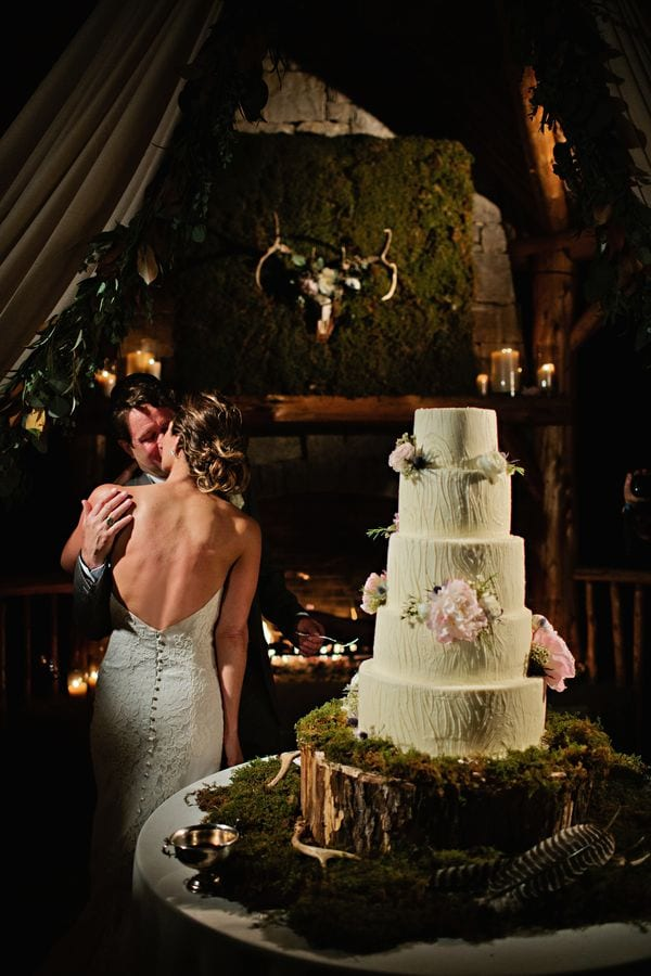 enchanted-florist-rustic-outdoor-wedding-fete-nashville-kristyn-hogan-21