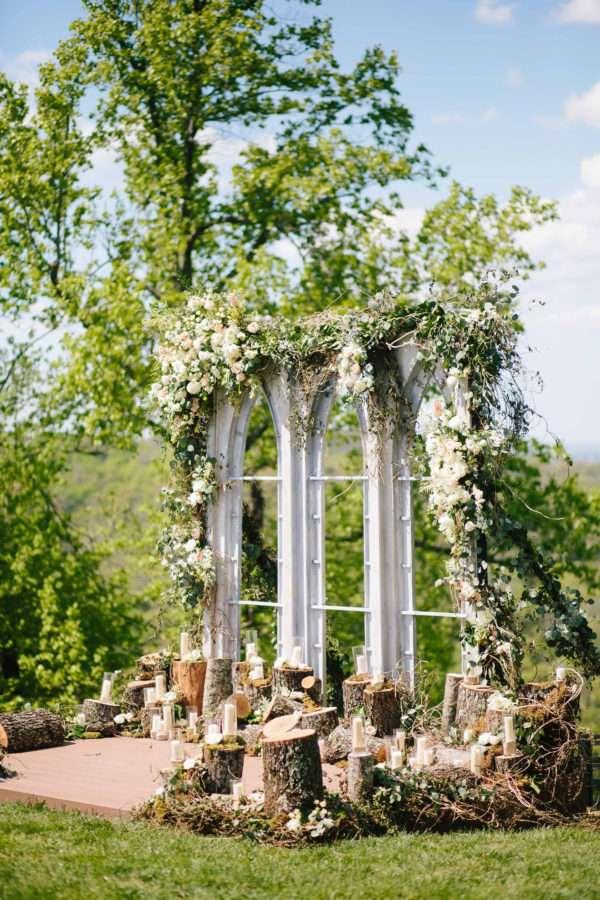 shawn-johnson-wedding-florals-enchanted-florist-tn-outdoor-elegant-flowers-1