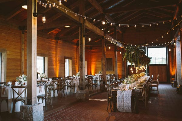 shawn-johnson-wedding-florals-enchanted-florist-tn-outdoor-elegant-flowers-15