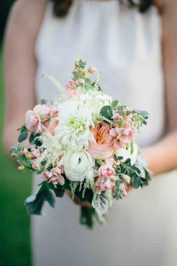 shawn-johnson-wedding-florals-enchanted-florist-tn-outdoor-elegant-flowers-22
