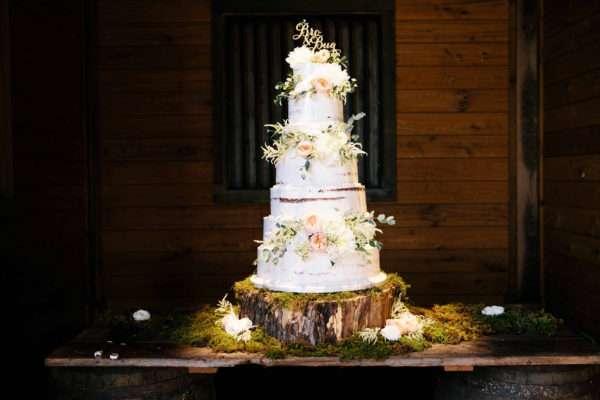 shawn-johnson-wedding-florals-enchanted-florist-tn-outdoor-elegant-flowers-4