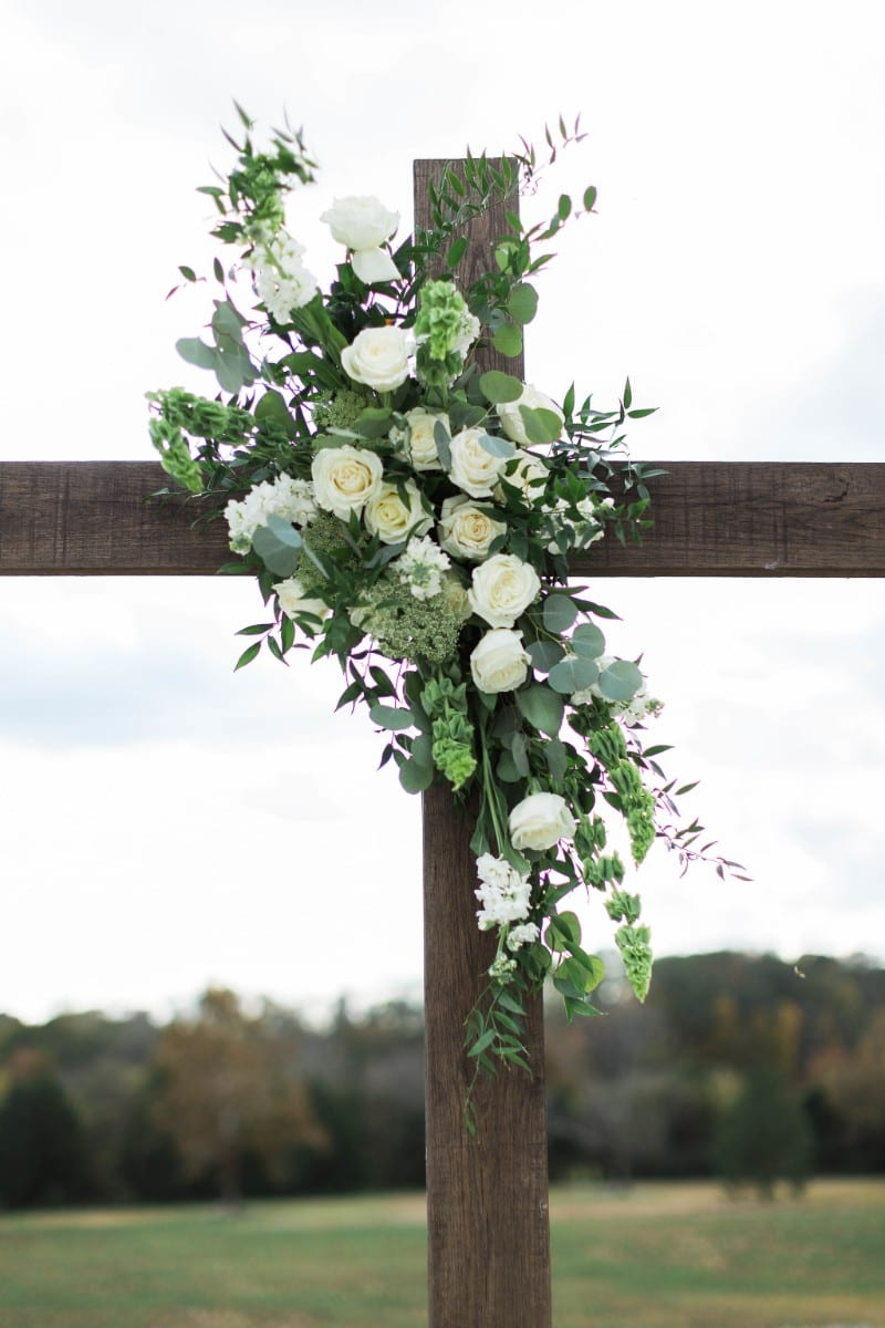 Enchanted Florist Classic Green And White Lush Real Wedding At