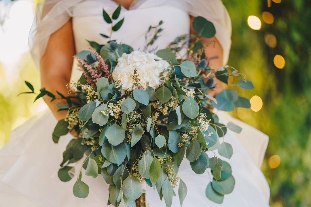 fresh green and white bridal bouquet