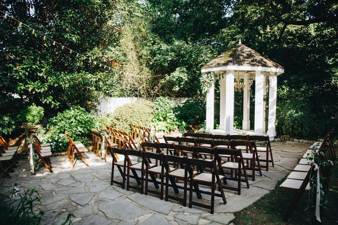 outdoor ceremony at cjs off the square