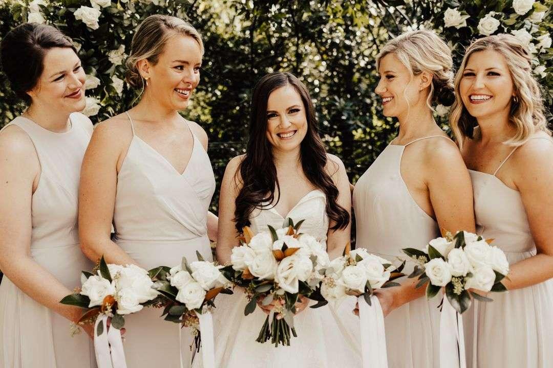 neutral bridesmaid dresses, all white bridesmaid bouquets