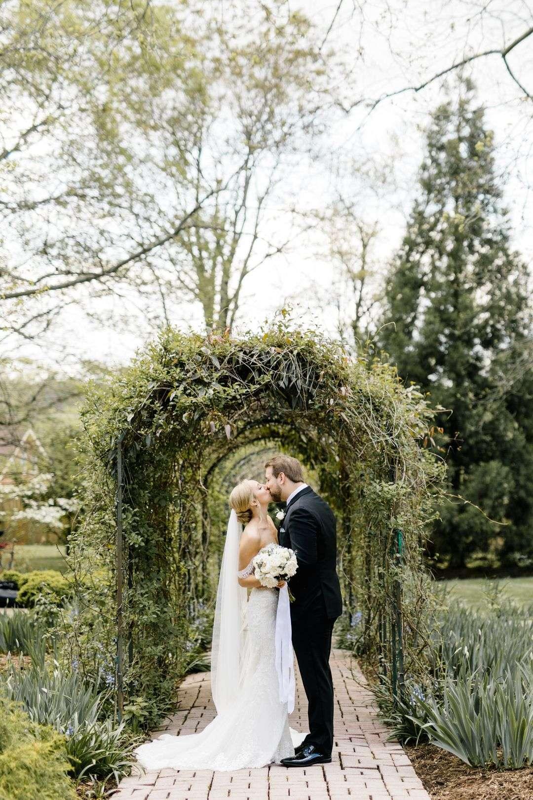 wedding at riverwood mansion