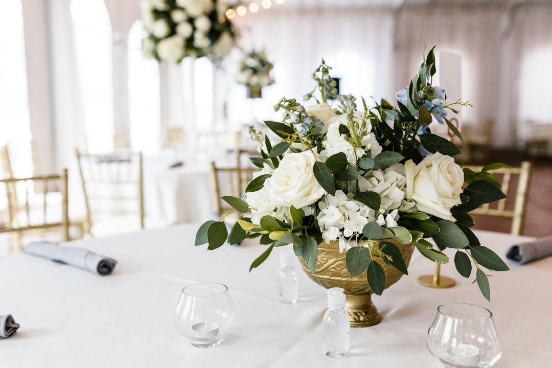 white and green wedding table centerpiece